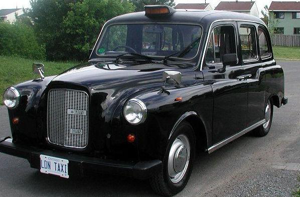 Интересные факты о такси: английское такси с завышенной крышей
