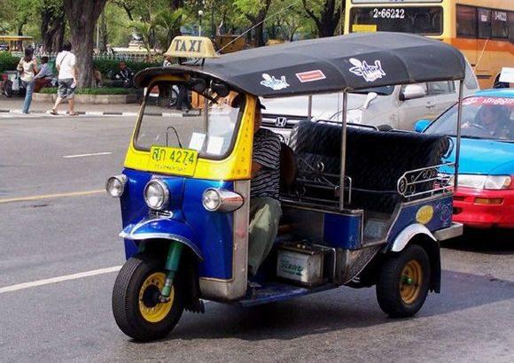 Факт о такси: азиатский тук-тук